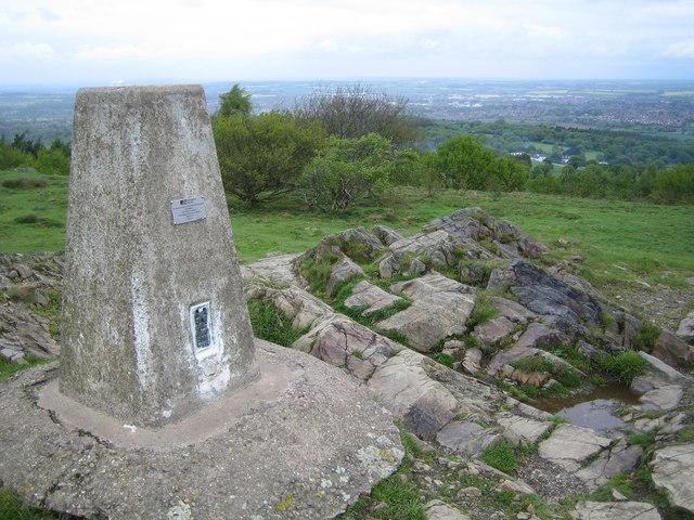 Beacon Hill: Charnwood Triangulation Pillar