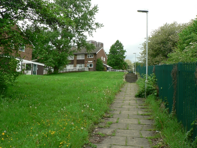 Footpath from Commercial Road to Argie Avenue, Kirkstall, Leeds
