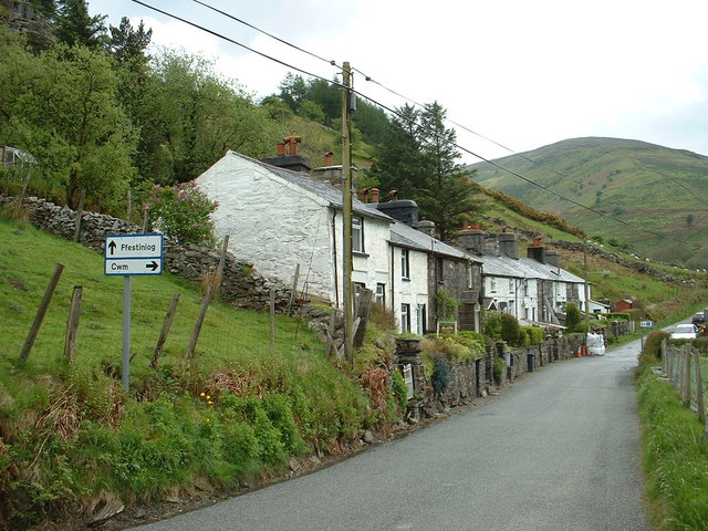 Carrog, Cwm Penmachno
