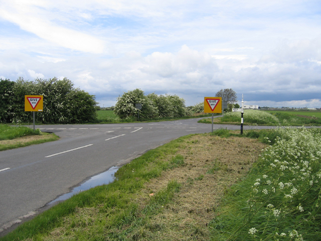A South Holland crossroads, Lincs