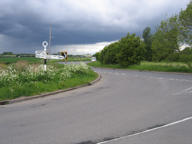 Road junction, Low Fulney, Lincs