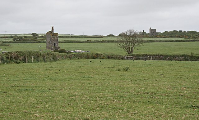 Mine Engine Houses and Pasture