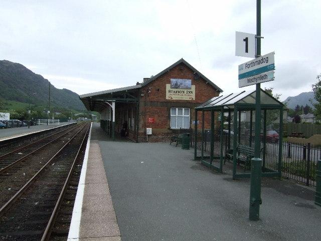 Porthmadog Station Inn