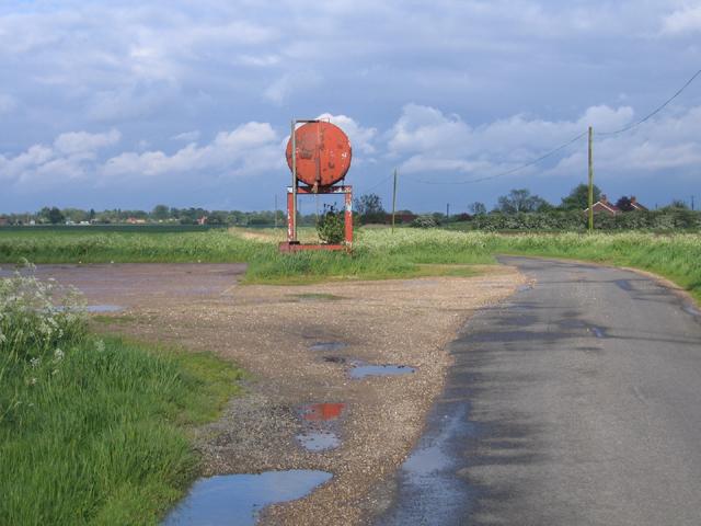 Prominent diesel tank, Fishmere End Road, Sutterton, Lincs