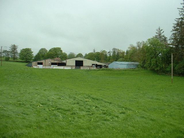 Clust-y-blaidd farm buildings