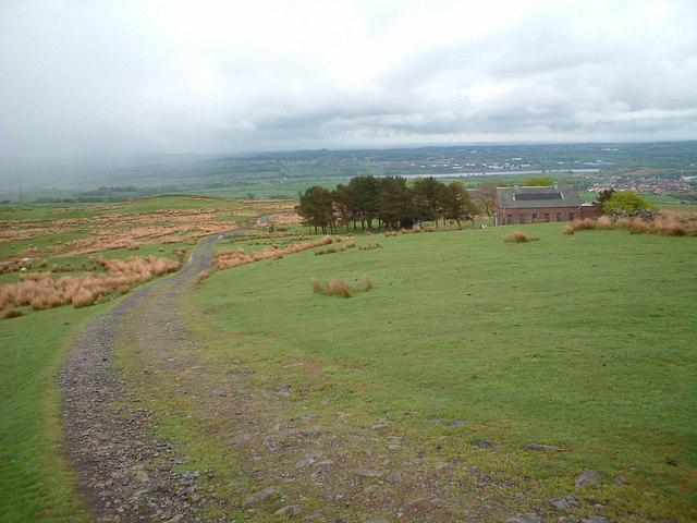 The track to Kilbirnie from Pundeavon reservoir