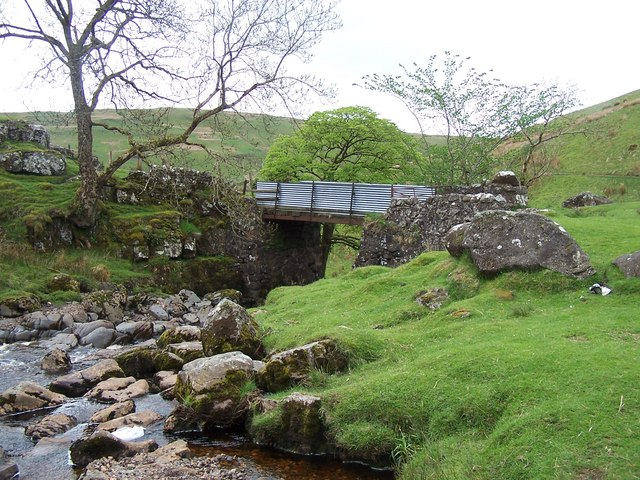 Largs, Gogo Glen, Greeto Bridge