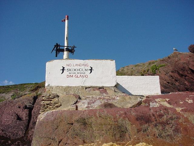 Skokholm landing bay warning of nature reserve