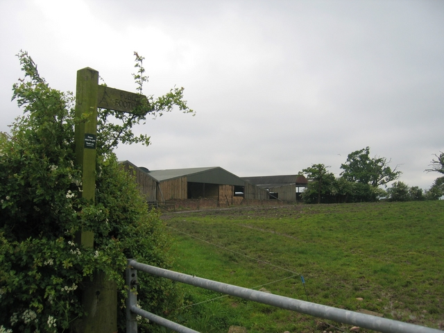 Footpath at Sheltwood Farm