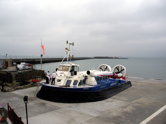 Hovercraft at Ryde