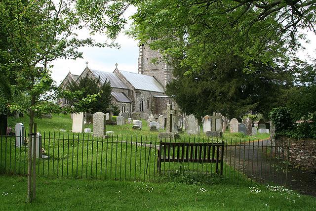 Broadhembury: churchyard