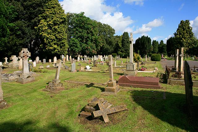 Ringwood Cemetery, Hightown Road