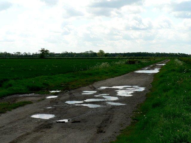 Footpath to Newland