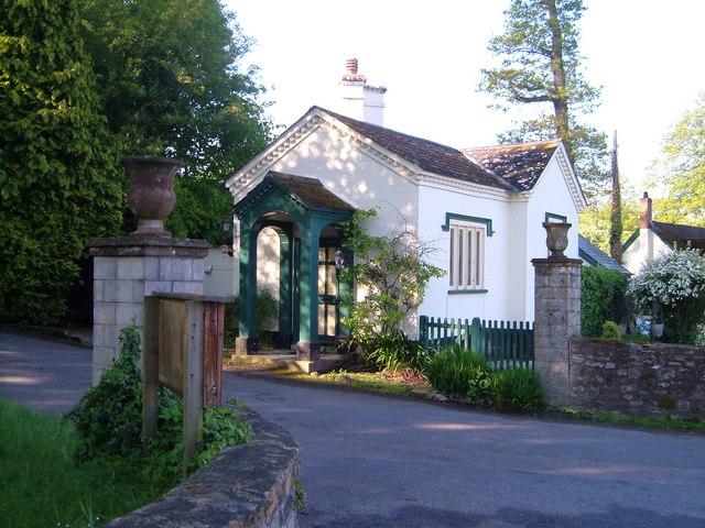 Gittisham - the lodge to Combe House
