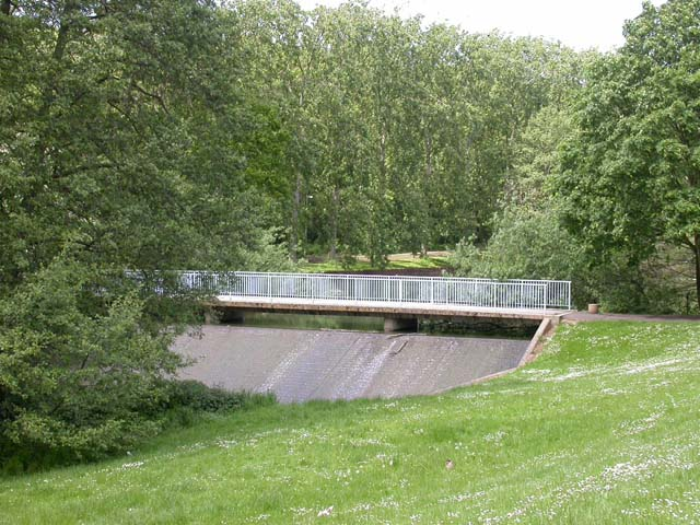 Bridge and Weir, Billing Arbours