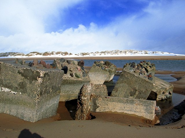 Tank traps at the mouth of the  river Ythan