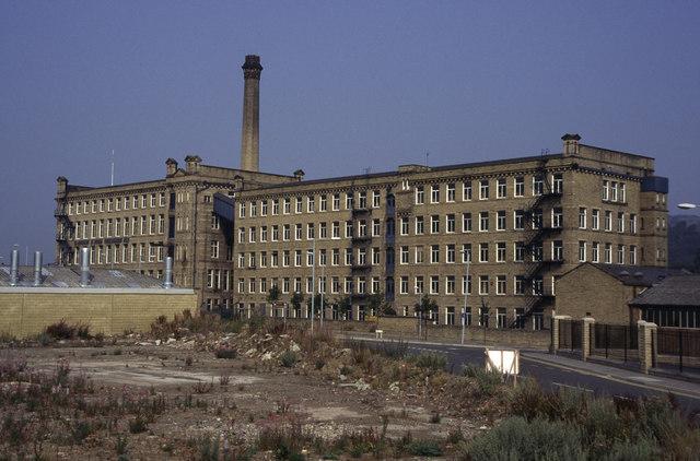 Victoria Mills, Shipley