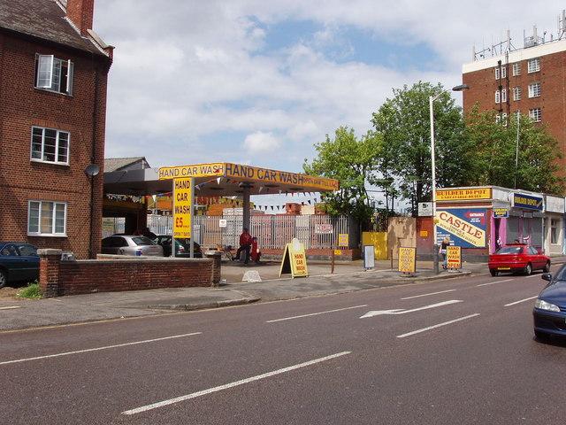 Car wash, Horn Lane, North Acton