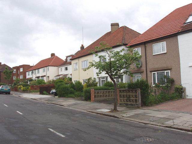 Lynton Road, North Acton