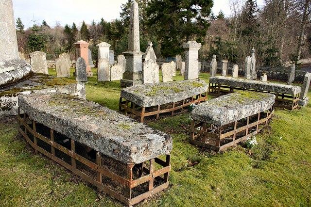 Mortsafes in Cluny kirkyard
