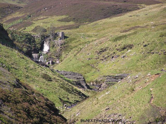 Blakethwaite Dams : Gunnerside Gill.