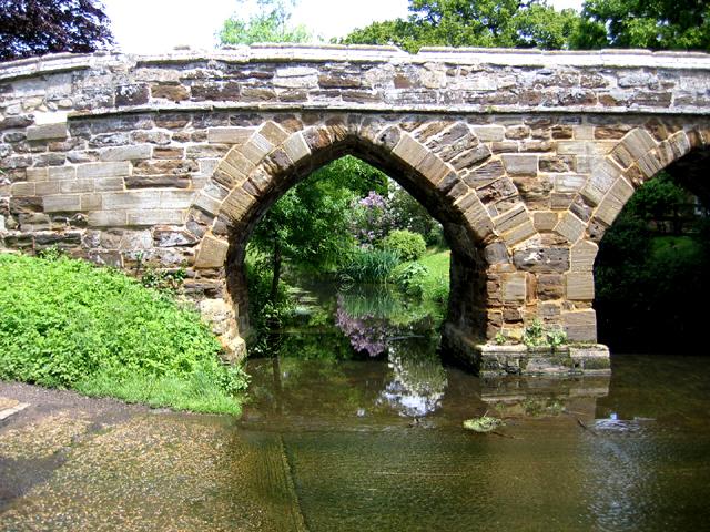 Medieval packhorse bridge, Sutton, Beds