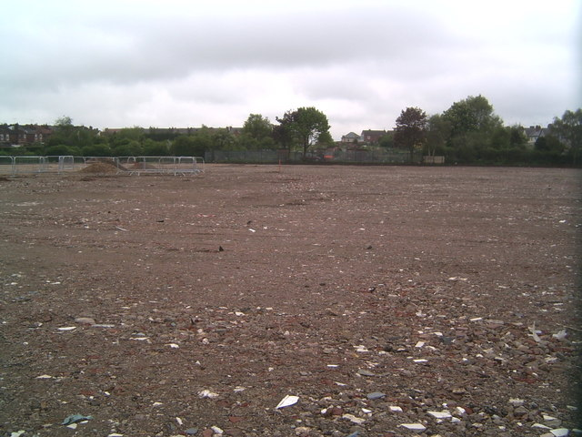 Former site of running track, Valley School