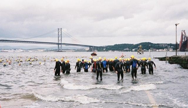 Firth of Forth Triathlon gets started on a choppy day