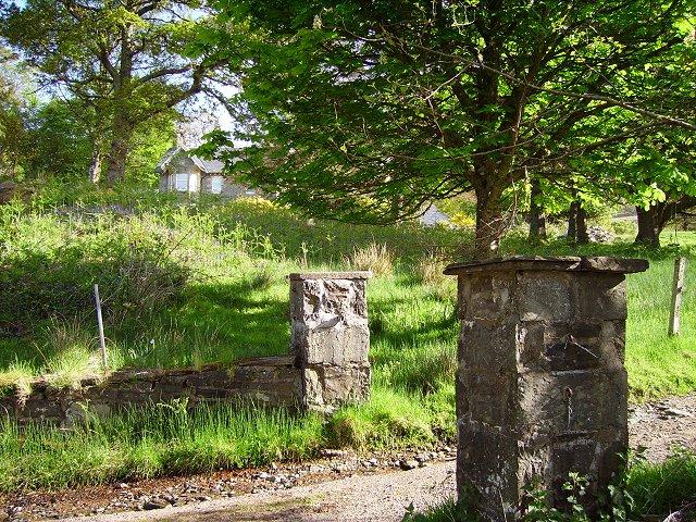 Gateway, Glenborrodale