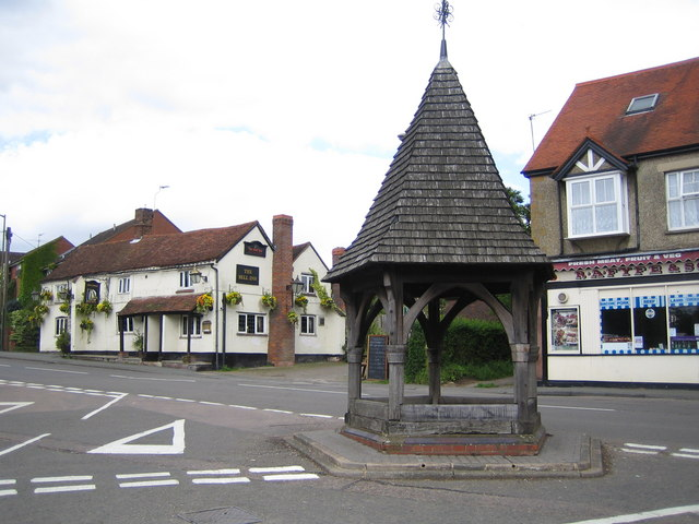Bovingdon: The Old Well and The Bell Inn