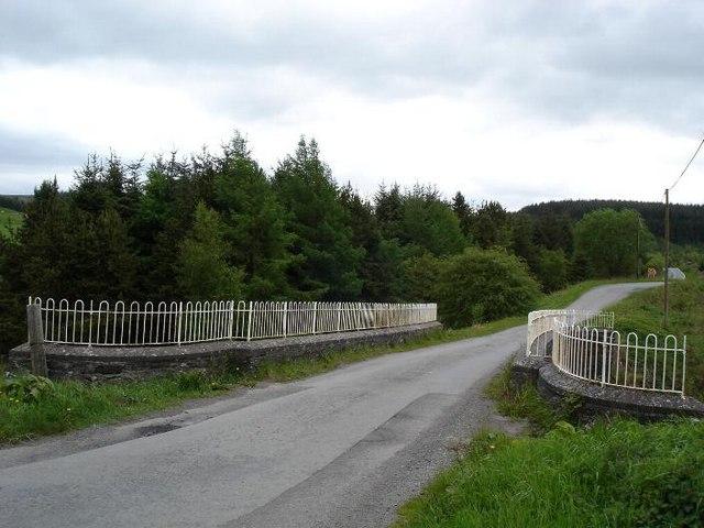 Bridge to Pentre llyn Cymmer