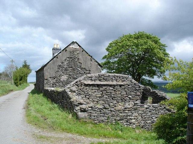 Derelict farm near Llechwedd