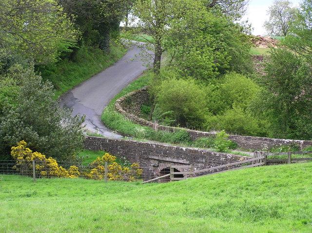 Copper Mill Bridge : near Whashton Green.