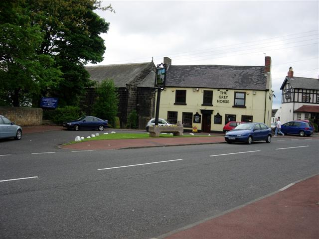 Penshaw Village, 2 pubs and a church