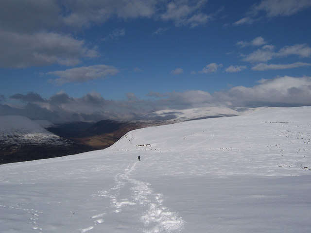 The north ridge of Meall na Leitreach