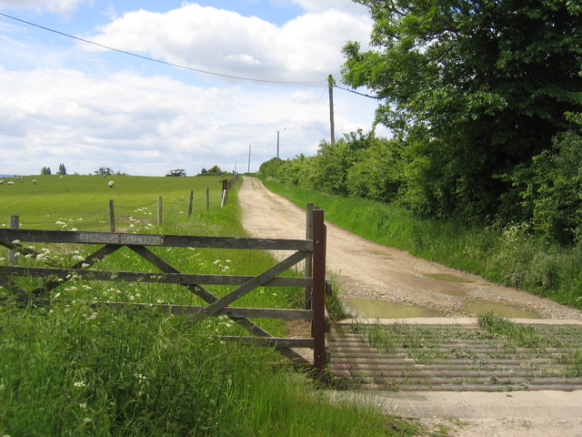 Driveway to Ullington Hall Farm