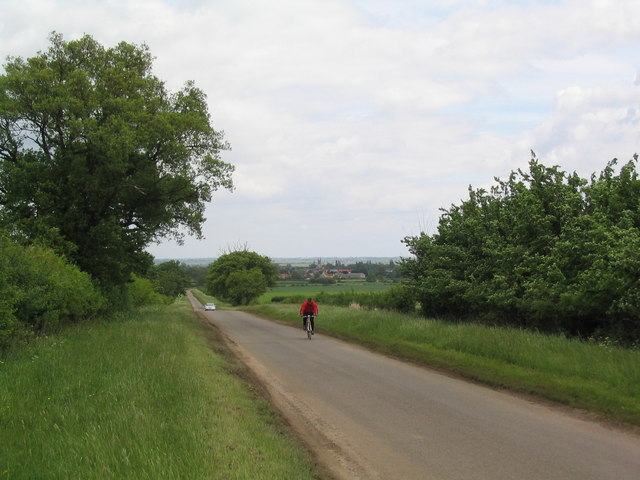 The road to Hanthorpe