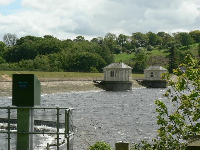 Dam, Lindley Wood Reservoir
