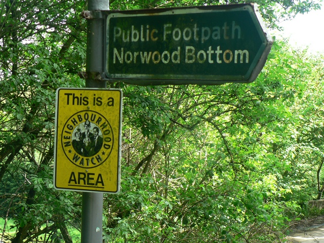 Footpath to Norwood Bottom Sign, Lindley Bridge