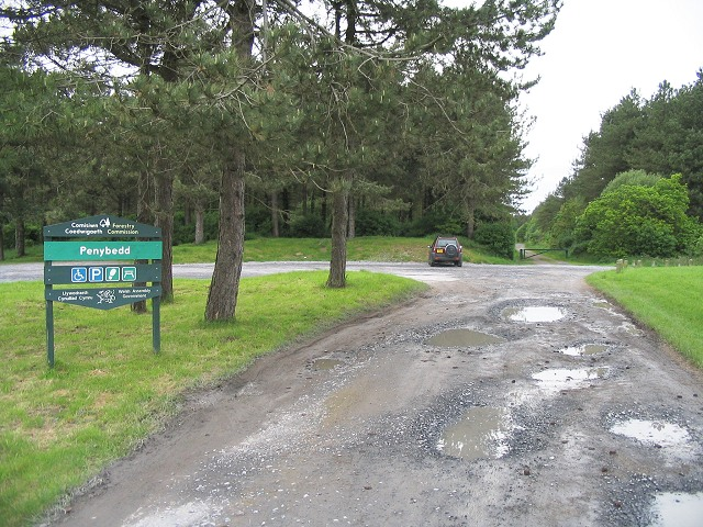 Entrance to Penybedd forest, Pembrey