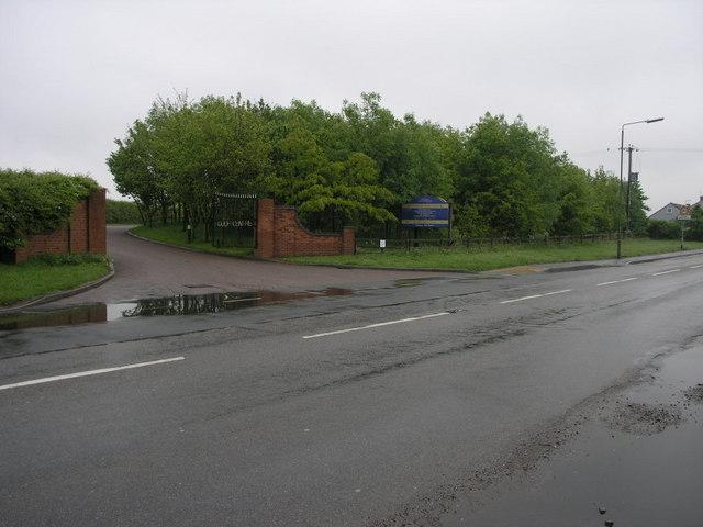 Gate to Golf