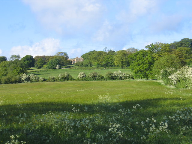 View towards Cotswolds House