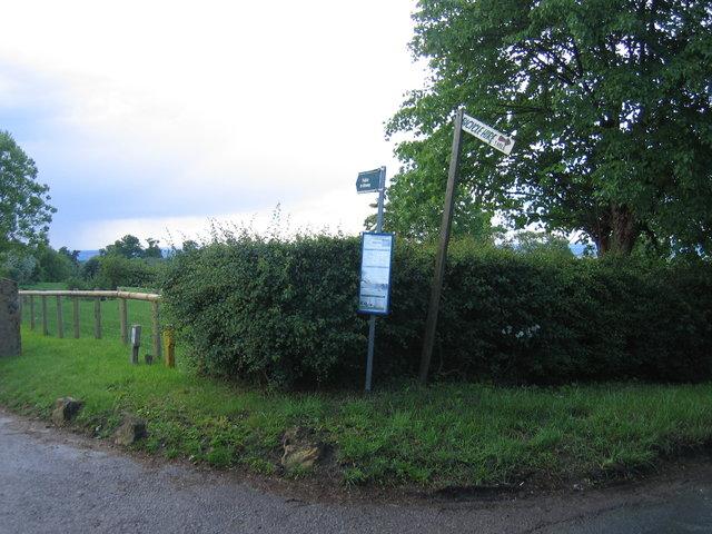 Signs at Attlepin Farm gateway