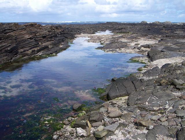 Rock pool  near Garso Wick