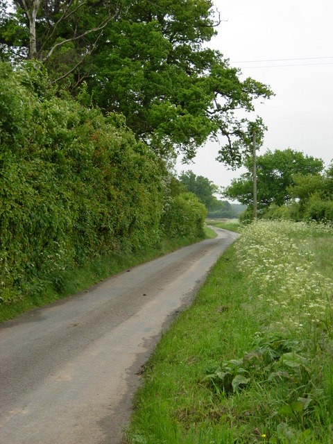 Lane south of Knodishall Green