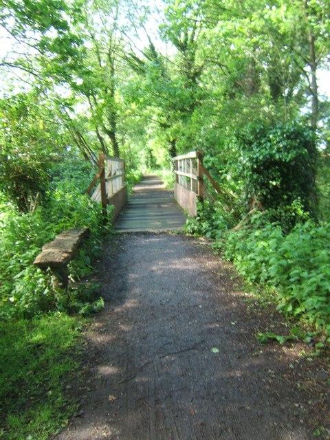 Wey South Path near Bramley