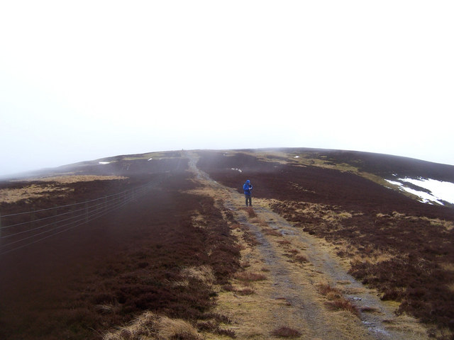 the north ridge of Birkscairn