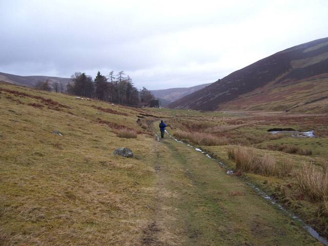 Approaching the ruins of Glensax Farm