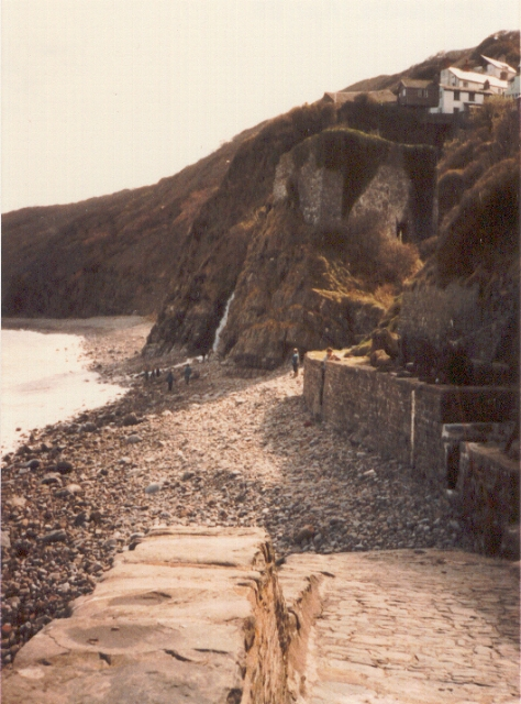 Cliffs and shore at Buck's Mills