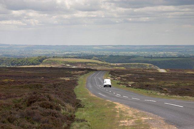 Castleton to Hutton-le-Hole road